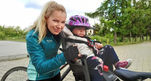 Na rower z małym dzieckiem? Cenne porady aktywnej Mamy! - zdjęcie