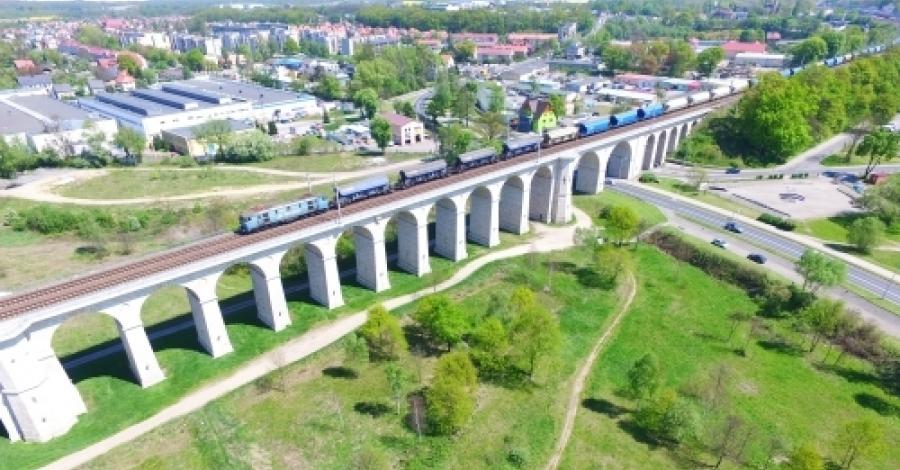 Wiadukt kolejowy w Bolesławcu - zdjęcie