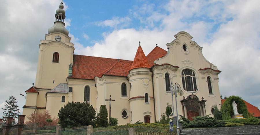 Kościół Św. Trójcy w Korfantowie - zdjęcie