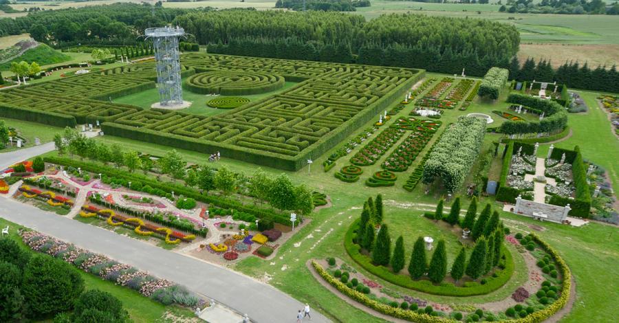 Labirynt w Ogrodach Hortulus w Dobrzycy, Kwiatuszek Rekawek