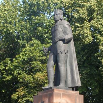 Pomnik Bolesława Chrobrego w Gnieźnie