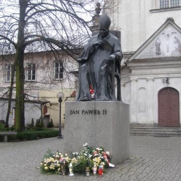 Pomnik Jana Pawła II w Białej Podlaskiej