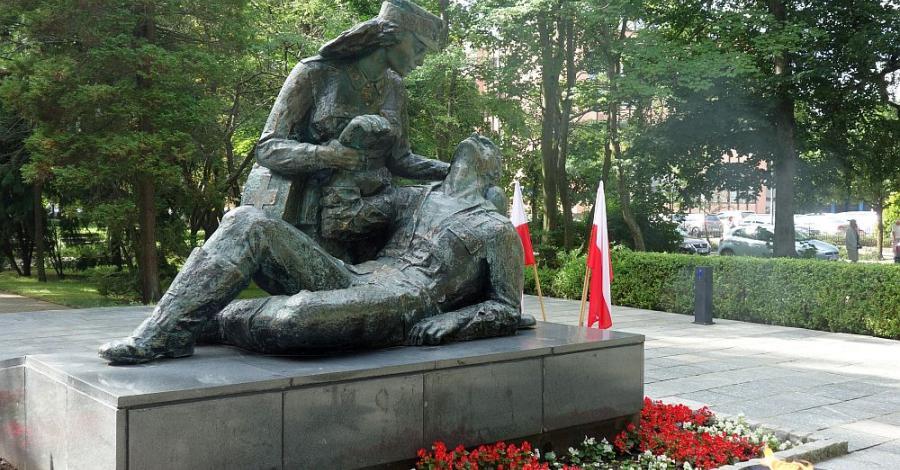Pomnik Sanitariuszki w Kołobrzegu - zdjęcie