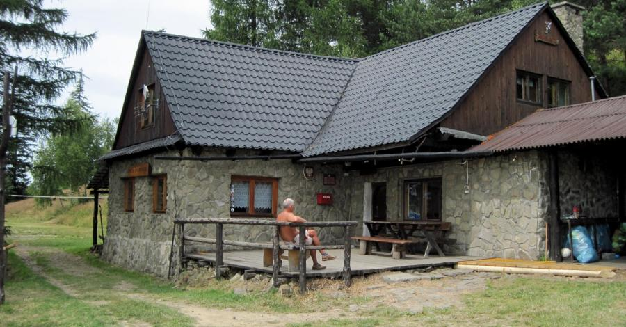 Chata na Rogaczu w Beskidzie Małym - zdjęcie