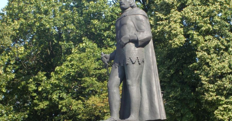 Pomnik Bolesława Chrobrego w Gnieźnie - zdjęcie
