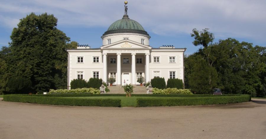 Pałac w Lubostroniu - zdjęcie