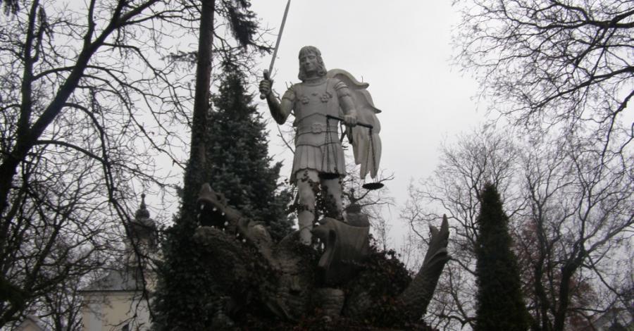 Pomnik Św. Michała Archanioła w Białej Podlaskiej - zdjęcie