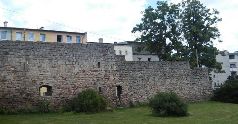 Mury obronne w Radkowie - zdjęcie