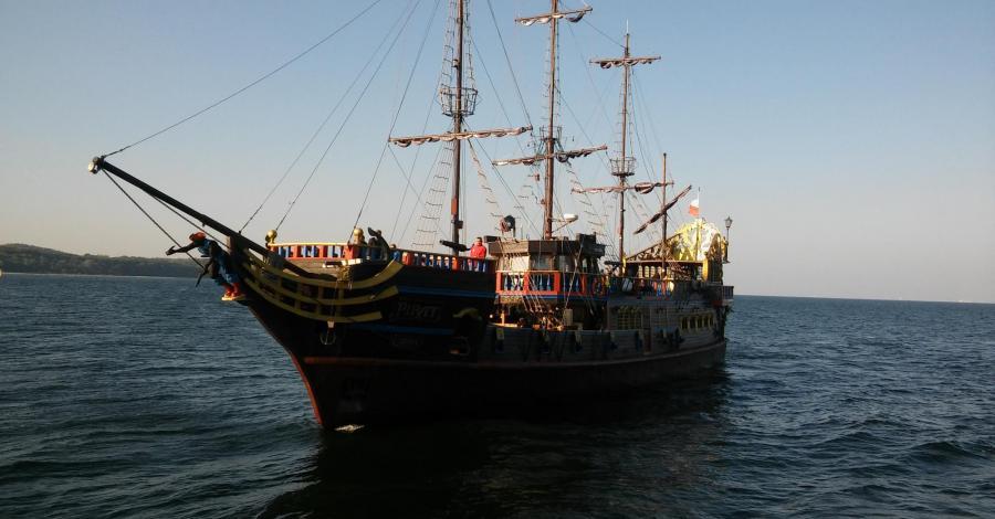 Rejsy statkiem Pirat w Sopocie - zdjęcie