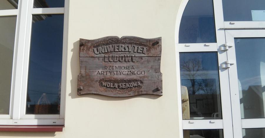 Uniwersytet Ludowy Rzemiosła Artystycznego w Woli Sękowej - zdjęcie