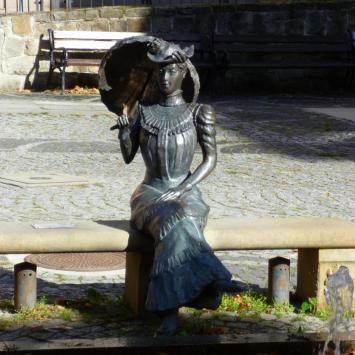Ławeczka Charlotty w Jedlinie Zdroju