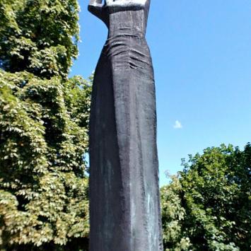 Pomnik Matki Polki w Raciborzu