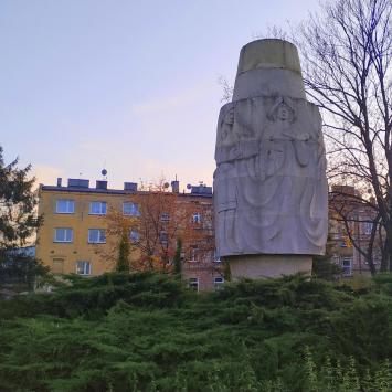 Pomnik włókniarek Wrzeciono w Częstochowie