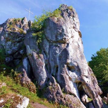 Skała na Wzgórzu w Trzebniowie