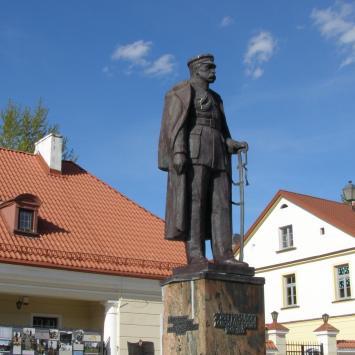 Pomnik Józefa Piłsudskiego w Białymstoku