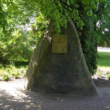 Obelisk unii mielnickiej w Mielniku