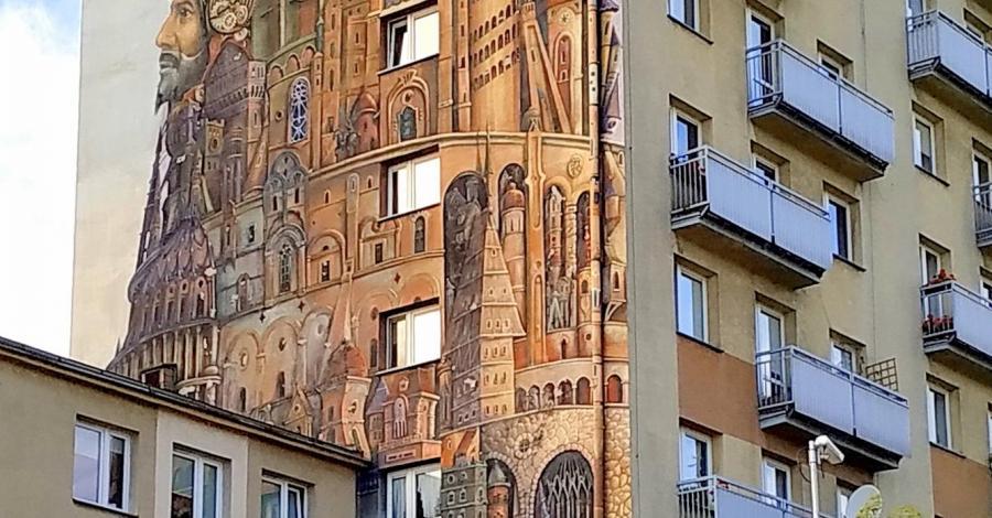 Mural Wieża Babel w Częstochowie - zdjęcie