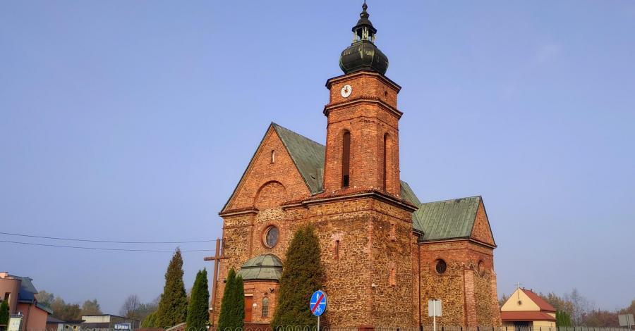 Kościół NMP Częstochowskiej w Starczy - zdjęcie