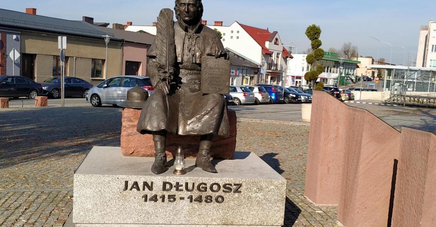 Pomnik Jana Długosza w Kłobucku - zdjęcie