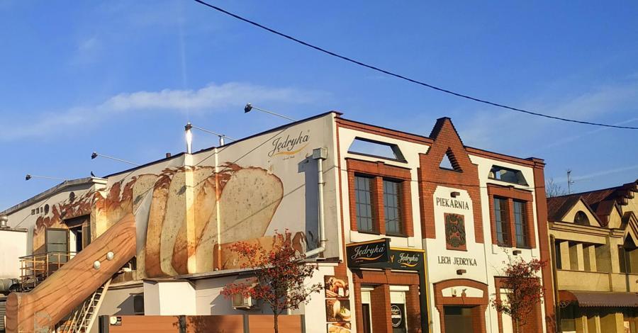 Mural na piekarni w Częstochowie - zdjęcie
