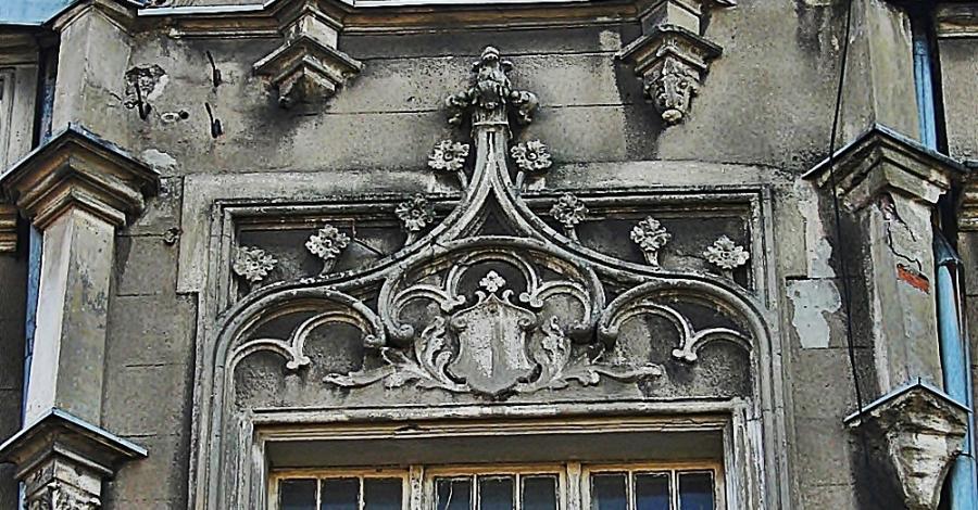 Kamienica przy Piotrkowskiej w Częstochowie - zdjęcie
