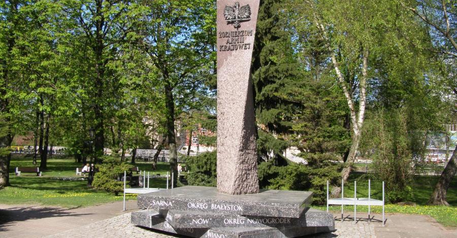 Pomnik Żołnierzy Armii Krajowej w Białymstoku - zdjęcie