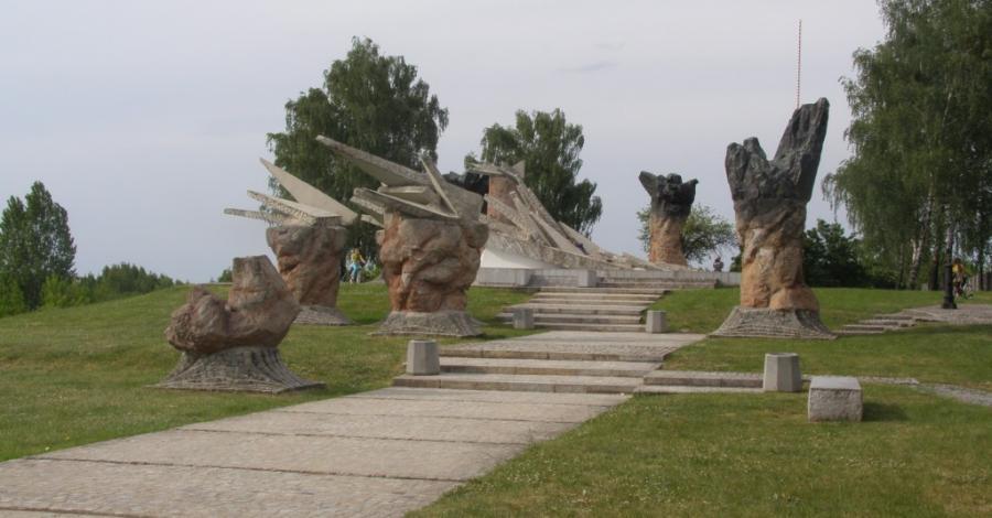 Pomnik Obrońców Białegostoku - zdjęcie