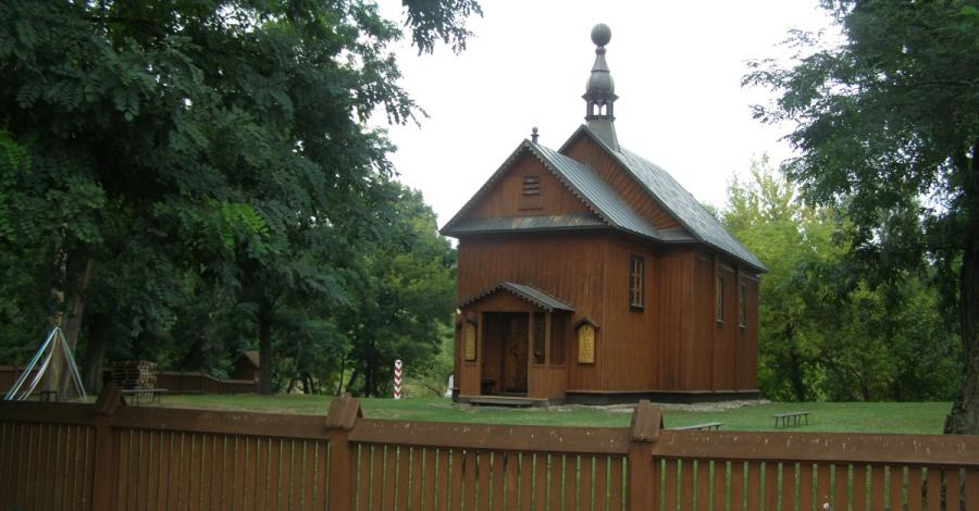 Drewniany kościół w Krzyczewie - zdjęcie