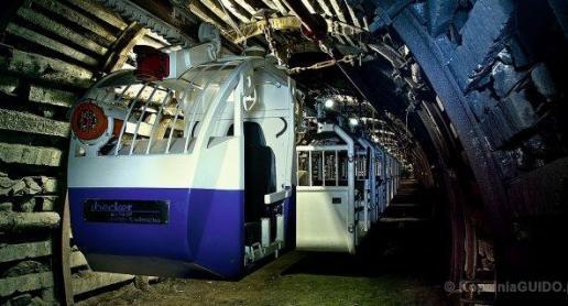 Kolejka podziemna w Kopalni Guido w Zabrzu - zdjęcie