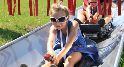 Park Ogrodzieniec dobry na letnią zabawę! - zdjęcie