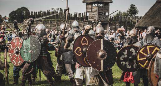 XXIII Festyn Archeologiczny Bogowie Wojny w Biskupinie - zdjęcie