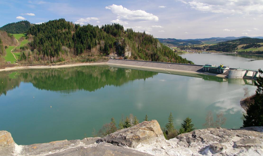 Jezioro widziane z zamku Dunajec