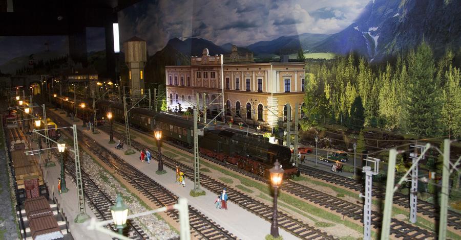 Makieta kolejowa Semafor w Tarnowskich Górach - zdjęcie