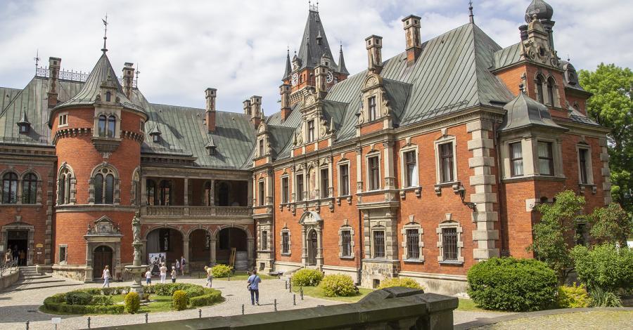 Pałac w Pławniowicach, Anna Piernikarczyk