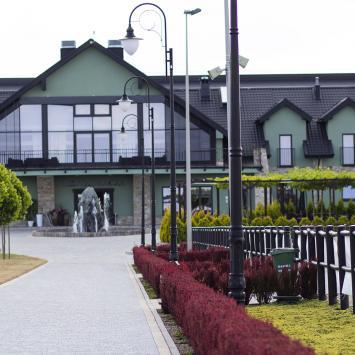 Restauracja i Ośrodek Jeździecki Lando w Ptakowicach