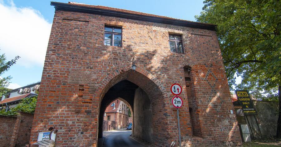 Brama Polska w Łagowie - zdjęcie