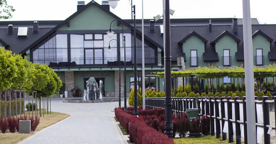 Restauracja i Ośrodek Jeździecki Lando w Ptakowicach - zdjęcie