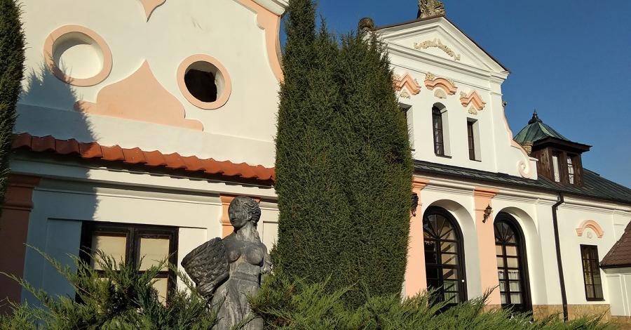 Pałac w Czyżowie Szlacheckim - zdjęcie