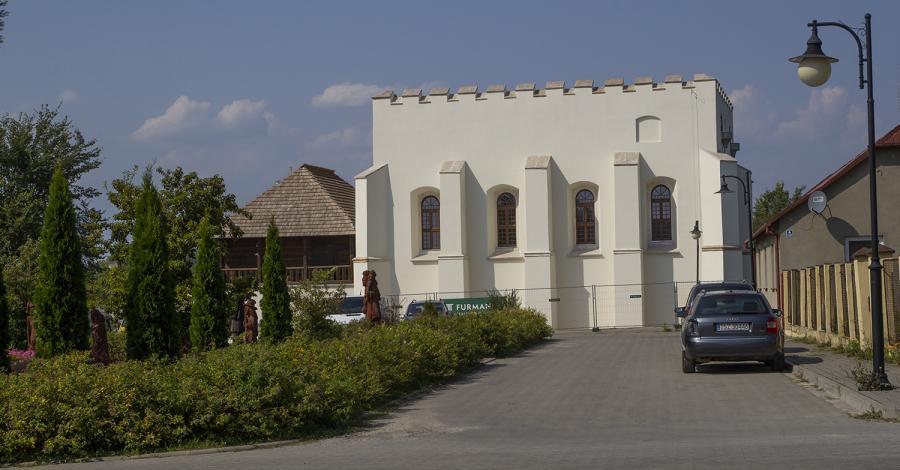 Synagoga w Szydłowie - zdjęcie