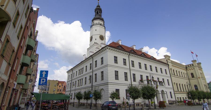 Ratusz w Głogowie - zdjęcie