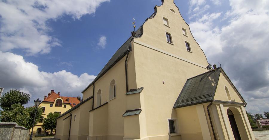 Kościół Św. Michała Archanioła w Polkowicach - zdjęcie