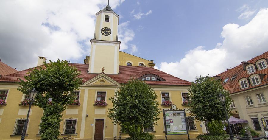 Ratusz w Polkowicach - zdjęcie