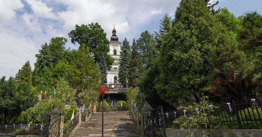 Sanktuarium w Makowie Podhalańskim - zdjęcie