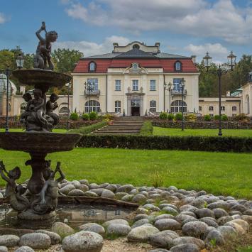Pałac Goetzów w Brzesku