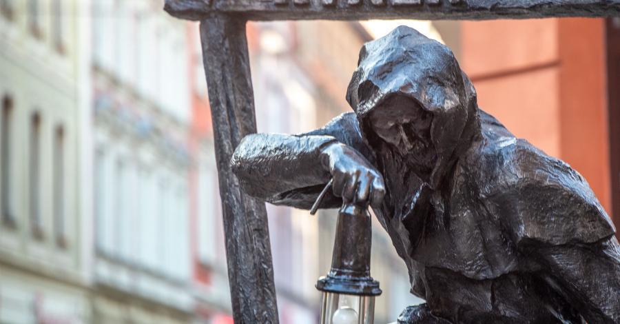 Rzeźby Gwarków w Tarnowskich Górach - zdjęcie