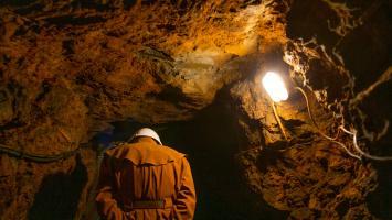 Jaskinie i podziemia - zdjęcie