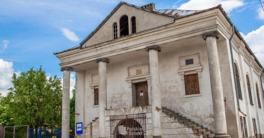 Synagoga w Klimontowie - zdjęcie