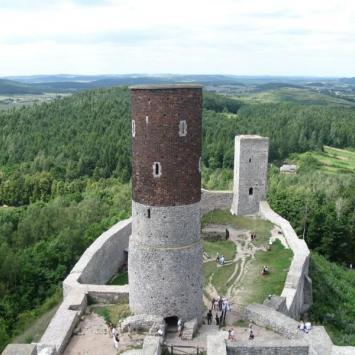 Jaskina Raj i zamek w Chęcinach