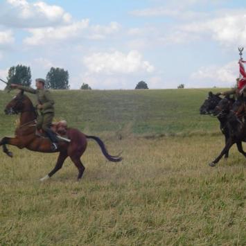 Komarów - bitwa pod Komarowem - zdjęcie