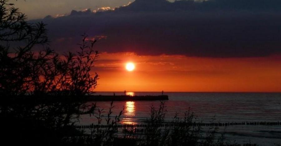 Zachód słońca nad Bałtykiem - zdjęcie
